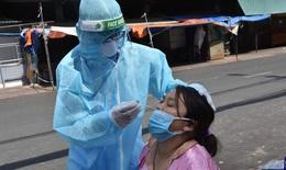 Hàng nghìn nhân lực y tế vào TP.HCM hỗ trợ thần tốc xét nghiệm