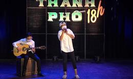 Ca sĩ Phương Thanh đi dép tổ ong, kể giấc mơ trên sân khấu mùa dịch