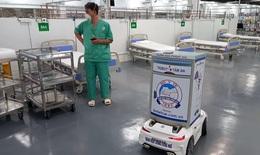 Robot hỗ trợ chăm sóc bệnh nhân COVID-19 ở TP.HCM
