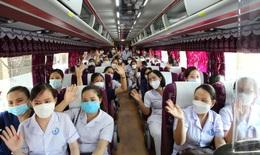 152 cán bộ y tế Hà Tĩnh hỗ trợ tỉnh Nghệ An lấy mẫu xét nghiệm diện rộng