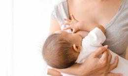 Mẹ tiêm vaccine ngừa COVID -19 có thể truyền kháng thể cho con qua sữa