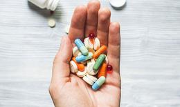 Thông tin cần biết về toa thuốc điều trị covid tại nhà: F0 nào được dùng thuốc kháng đông?