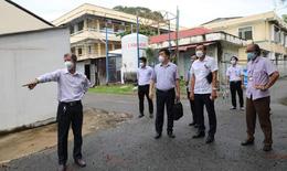 Tổ Công tác Bộ Y tế kiểm tra Bệnh viện Dã chiến điều trị bệnh nhân COVID-19 tỉnh Sóc Trăng