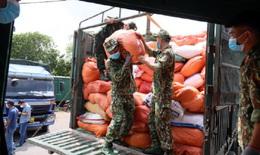 300 tấn hàng hóa thiết yếu hỗ trợ người dân các tỉnh phía Nam chống dịch COVID-19