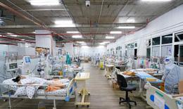 """Bên trong bệnh viện hồi sức vừa """"hồi sinh"""" thai phụ mắc COVID-19 nguy kịch"""