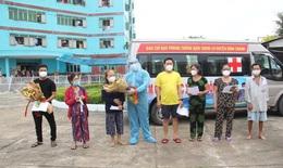 8 bệnh nhân COVID-19 đặc biệt nặng thoát chết ngoạn mục, cảm kích tấm lòng bác sĩ