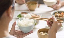 Người cao tuổi bị đái tháo đường nên ăn gì và hạn chế ăn gì?