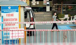 Nhiều biện pháp mạnh bảo vệ người bệnh, nhân viên y tế trong bệnh viện bị phong tỏa