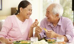 Chế độ ăn như thế này sẽ giúp bố mẹ bạn sống vui khoẻ