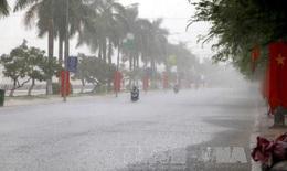 Cảnh báo mưa dông, khả năng có lốc, sét, mưa đá tại Hà Nội