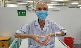 Niềm vui của những bệnh nhân COVID-19 nguy kịch cai được máy thở