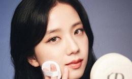 """""""Sao"""" làm đẹp: 10 phút makeup để xinh như """"hoa hậu Kpop"""" Jisoo"""
