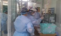 Nỗ lực cứu trẻ 14 tuổi, nặng 100 kg mắc COVID-19 nguy kịch