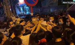 Chen lấn tại điểm tiêm vaccine phường Trung Văn, Hà Nội yêu cầu làm rõ trách nhiệm