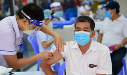 Nguy cơ tử vong do COVID-19 cao gấp 11 lần ở người chưa tiêm vaccine