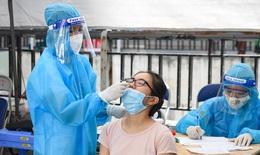 4 ngày sau sốt, đau họng, cô gái trẻ ở quận Thanh Xuân phát hiện mắc COVID-19, Hà Nội thêm 8 ca