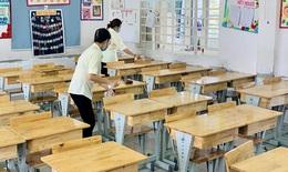 Hơn 1.500 học trò mồ côi, 12.000 giáo viên TP.HCM mất việc vì COVID-19