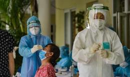 Hà Nội thêm 3 ca COVID-19, trong đêm tiêm thêm gần 57.000 liều vaccine