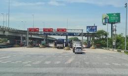 Lái xe 'tố' chủ đầu tư chặn đường để thu phí trên cao tốc, Tổng cục Đường bộ nói gì?