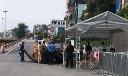 """Tháo dỡ 39 chốt kiểm soát, bỏ kiểm tra giấy đi đường """"vùng xanh"""" ở Hà Nội"""