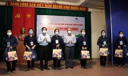 Thêm nhiều tình nguyện viên tôn giáo đi chăm sóc bệnh nhân COVID-19