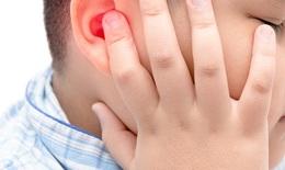 Thận trọng khi sử dụng kháng sinh trong điều trị viêm tai giữa cấp ở trẻ em