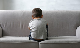 Cách để con trẻ tránh khỏi tổn thương tinh thần trong đại dịch