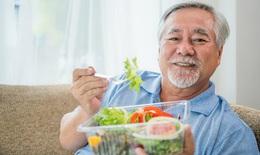 Thiếu hụt vitamin K ảnh hưởng tới khả năng vận động ở người cao tuổi