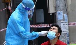 Hai bố con ở Hà Đông nhiễm COVID-19 chưa rõ nguồn lây, Hà Nội thêm 38 ca mới