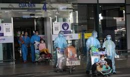Tiếp tục phát sinh ca dương tính trên các chuyến bay đón công dân Bắc Giang hồi hương