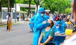 Hà Nội thêm 35 ca COVID-19, một gia đình có tới 7 người cùng mắc bệnh