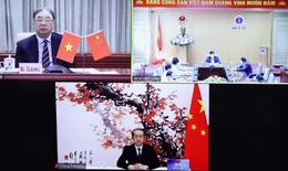 Lãnh đạo Y tế Việt Nam - Trung Quốc chia sẻ kinh nghiệm về phòng chống dịch COVID-19