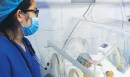 BV Sản - Nhi Bắc Ninh: Y bác sĩ gắng vượt qua cú sốc để chăm sóc bệnh nhân an toàn