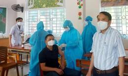 BVĐK TP Vinh tổ chức tiêm vắc xin phòng COVID-19 đợt 2