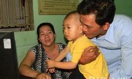 Vụ bảo mẫu bóp cổ trẻ: Một bé trai bị sang chấn tâm lý