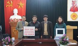 Báo SK&ĐS trao tặng trang thiết bị y tế cho xã vùng cao Hà Giang
