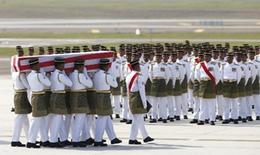 Nhận dạng thi thể bà ngoại Thủ tướng Malaysia trong vụ MH17