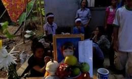 Bé lớp 3 chết vì đói và 800 tỷ biên soạn  sách giáo khoa