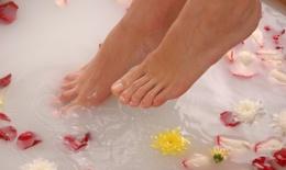 Những thói quen có hại cho đôi chân của bạn