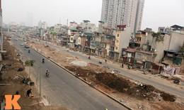 """Những căn nhà kì dị trên đường """"đắt nhất hành tinh"""" ở HN"""