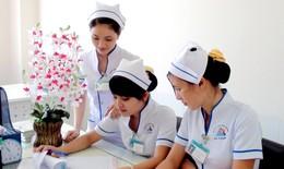 Có nên chúc Tết nhân viên y tế phát tài?