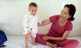 Cần Thơ : Cứu sống bé 11 tháng tuổi bị mắc dị vật đường thở