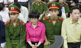 """Đang xét xử """"đại án siêu lừa"""" Huỳnh Thị Huyền Như"""