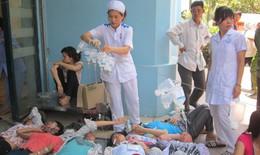 Nghi ngộ độc thực phẩm, hàng trăm công nhân nhập viện