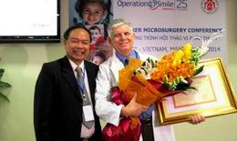 Thế giới công nhận thành tựu vi phẫu thuật Việt Nam