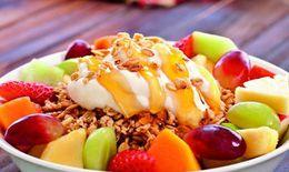 5 lợi ích từ bữa sáng với hoa quả