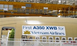 Cận cảnh máy bay có giường nằm, wifi của Vietnam Airlines