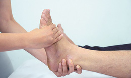 Chăm sóc và phòng trị thoái hóa khớp cổ chân