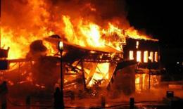 Cháy nhà, 5 người bị bỏng nặng