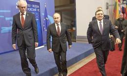 V.Putin: Phương Tây đối xử với Nga như một chư hầu